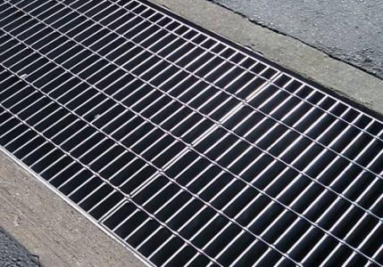 海南水沟盖板在道路上的作用